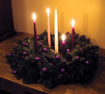 why and how we use an advent wreath yanceyarringtonwhy. Black Bedroom Furniture Sets. Home Design Ideas