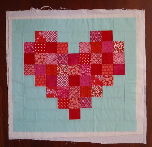 Pixelated Heart mini quilt