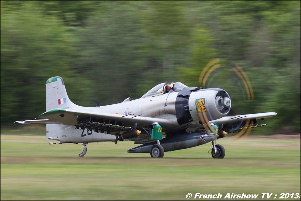 AD-4N Skyraider F-AZHK Ferté Alais 2013