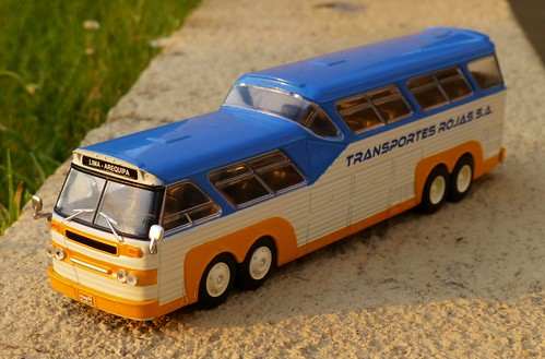"""""""Autobuses del Mundo"""" No. 9 Sultana (Perú)"""