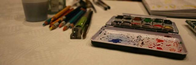 Palette et crayons