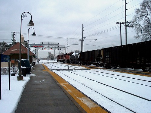 Eastbound Canadian Pacific freight train.  River Grove Illinois.  December 1st, 2006. by Eddie from Chicago