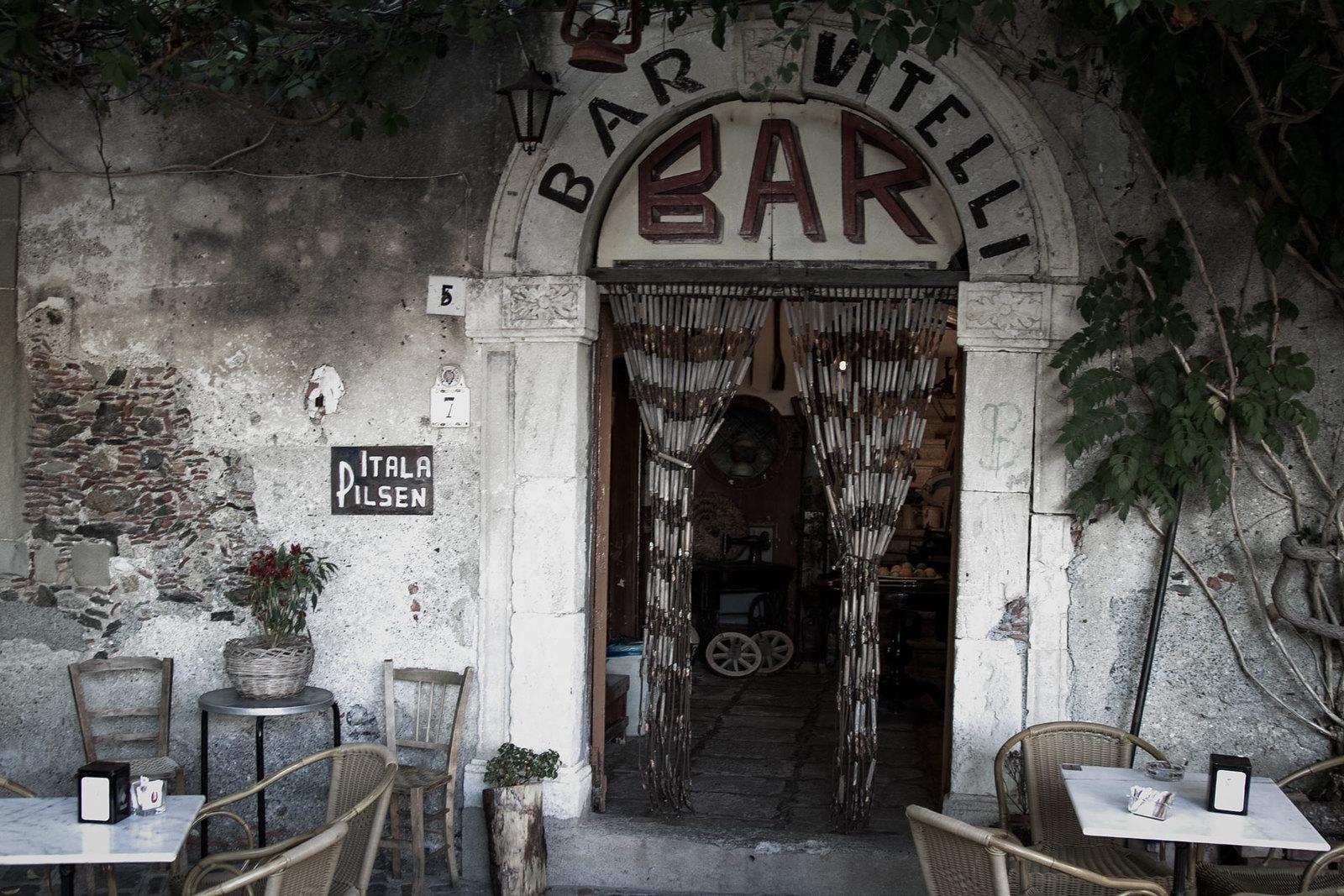 "Bar Vitelli en Savoca (famoso por una escena de ""El Padrino"")"