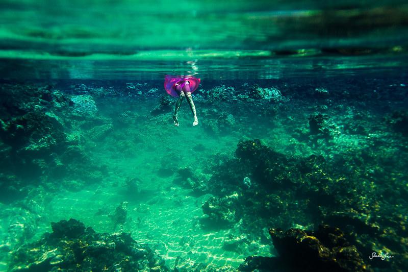 sarahlee_underwater_pink_innertube.jpg