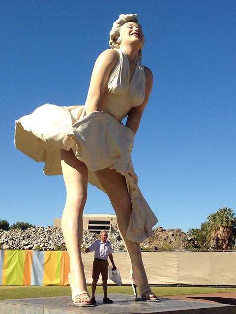Big Marilyn Statue