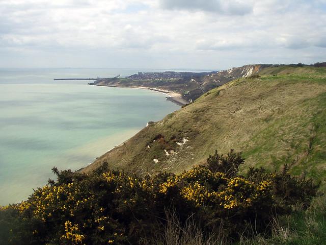 The coast near Capel-le-Ferne