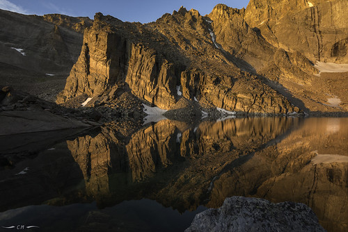chasmlake colorado coloradorockies landscape nationalpark rockymountainnationalpark rockymountains shipsprow southernrockies theshipsprow usnationalpark alpenglow alpine dawn highelevation magichour morning mountains reflection sunrise water