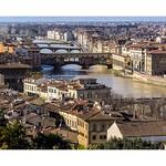 Firenze bridges over Arno