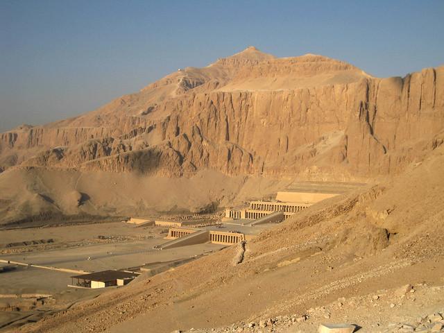 El-Qurn above the Hatshepsut, Canon DIGITAL IXUS 85 IS