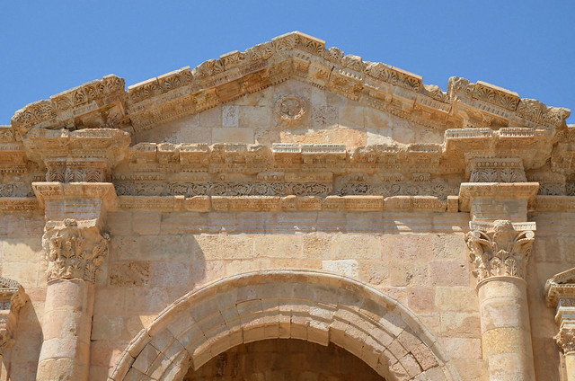 Hadrian's Arch, a triple-bay monument built to commemorate the visit of the Emperor Hadrian to Gerasa in 129/130 AD, Jerash, Jordan