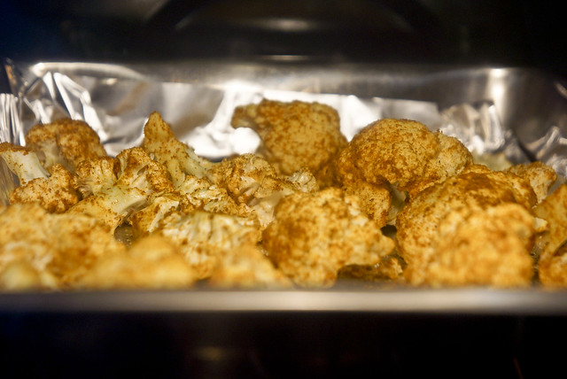 Paleo Roasted Curry Cauliflower