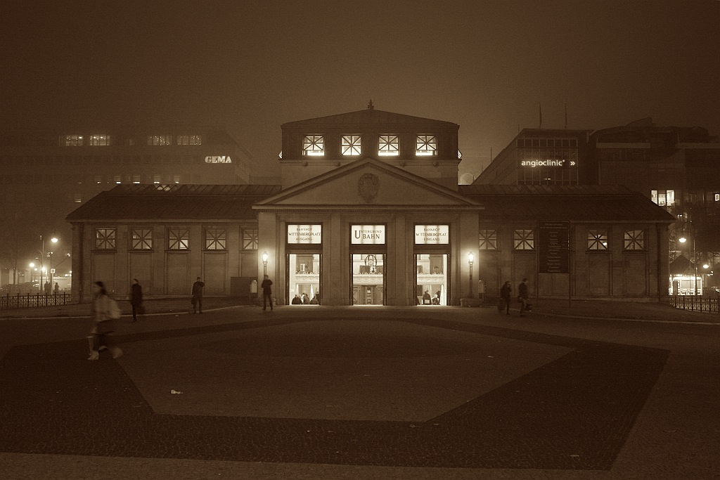 U-Bahnhof Wittenbergplatz, Berlin Schoeneberg, Germany, fotoeins.com