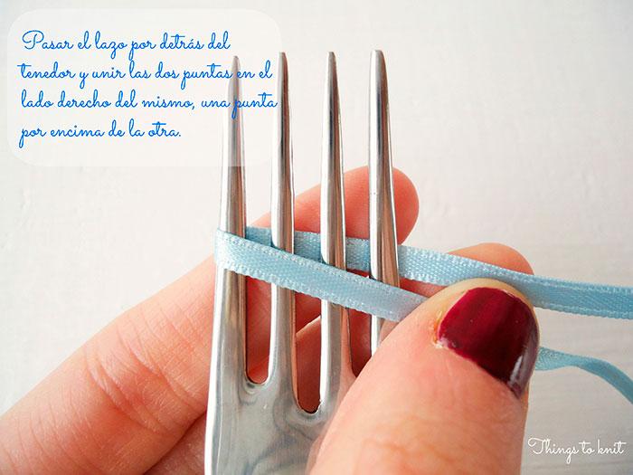 hacer un lazo con un tenedor