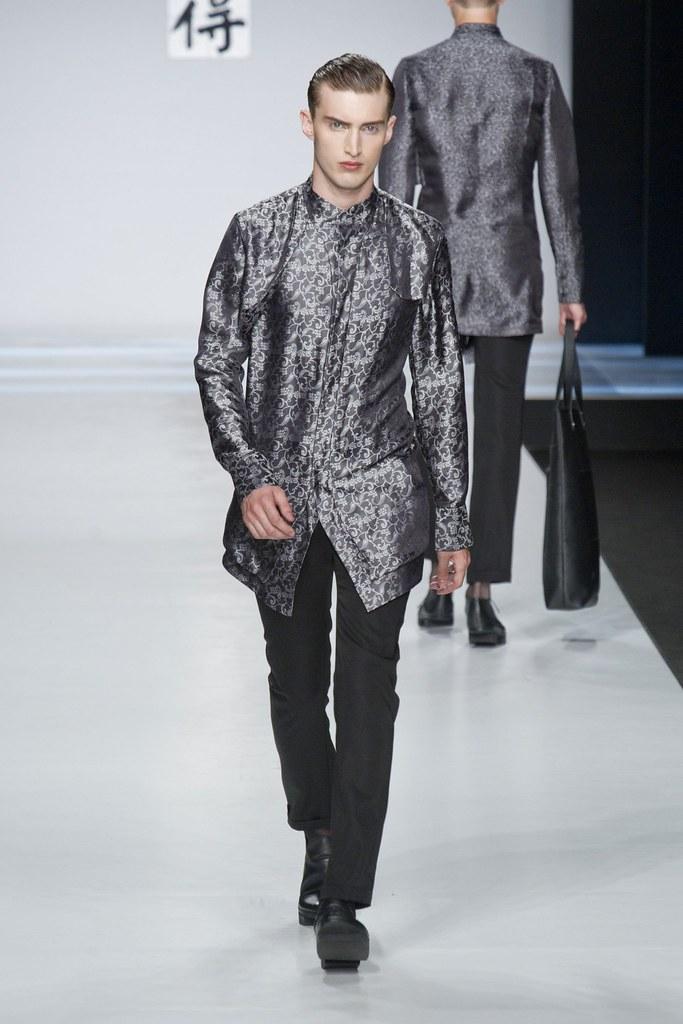 SS14 Milan Ji Wenbo059_Charlie France(fashionising.com)