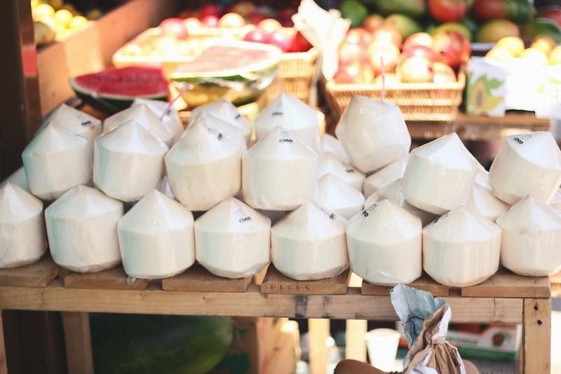 coconuts broadway market