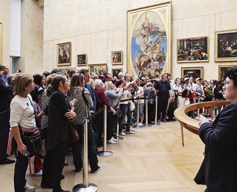Mona's Admirers