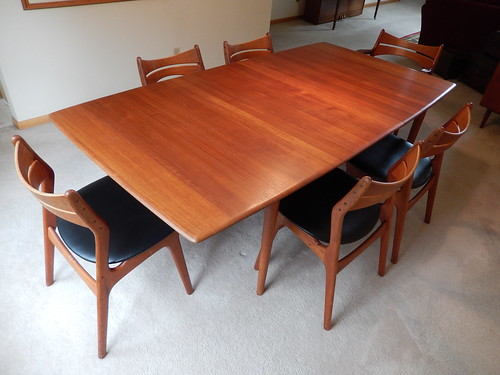 Buffet Hutch Table And Erik Buch Chairs As You All Know Solid Teak Is Very Unusual In These Pieces We Were Happy To See The Seller Had Preserved