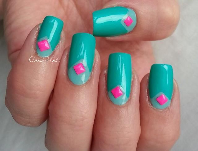 greens pink studs 4