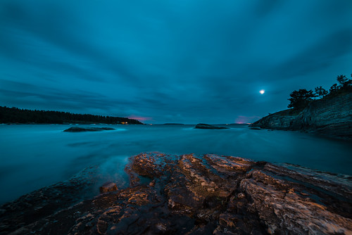 longexposure sea sky seascape nature norway night clouds nikon cloudy fullmoon le archipelago d800 14mm samyang coastallandscape coastalscenery vawes