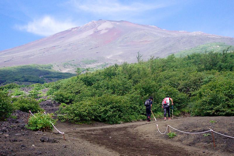 上山避暑去! 富士山 -- 神山 【更新37F: 神山-山頂高原(完)】