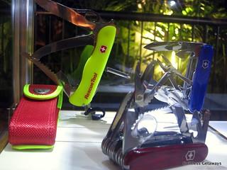 victorinox-philippines-rescue-tool.jpg