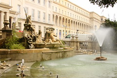 thermae(0.0), town square(0.0), plaza(0.0), ancient history(1.0), water feature(1.0), fountain(1.0),
