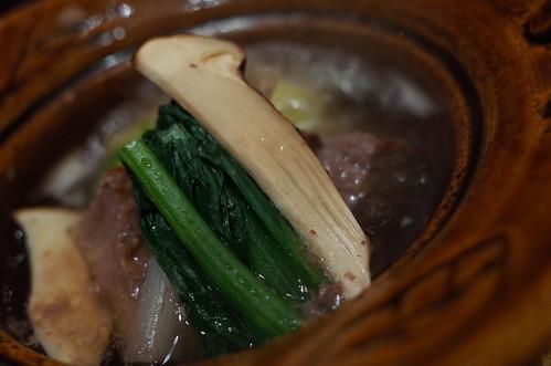 Matsutake mushroom nabe 02