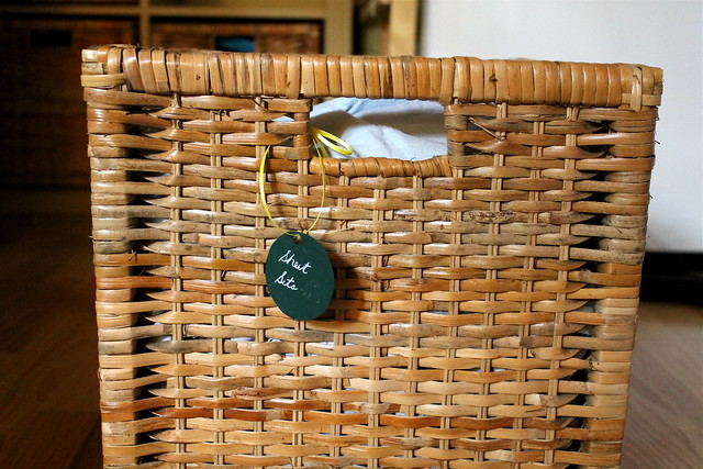 linen basket + tag