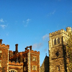 Why couldn't it be this sunny yesterday when I had the day off? A bot of #Lambeth_Palace, #Garden_Museum and some #blue_skies #London #Lambeth #SE1