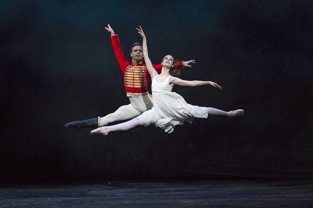 Emma Maguire and Alexander Campbell in The Nutcracker © ROH/Bill Cooper, 2012