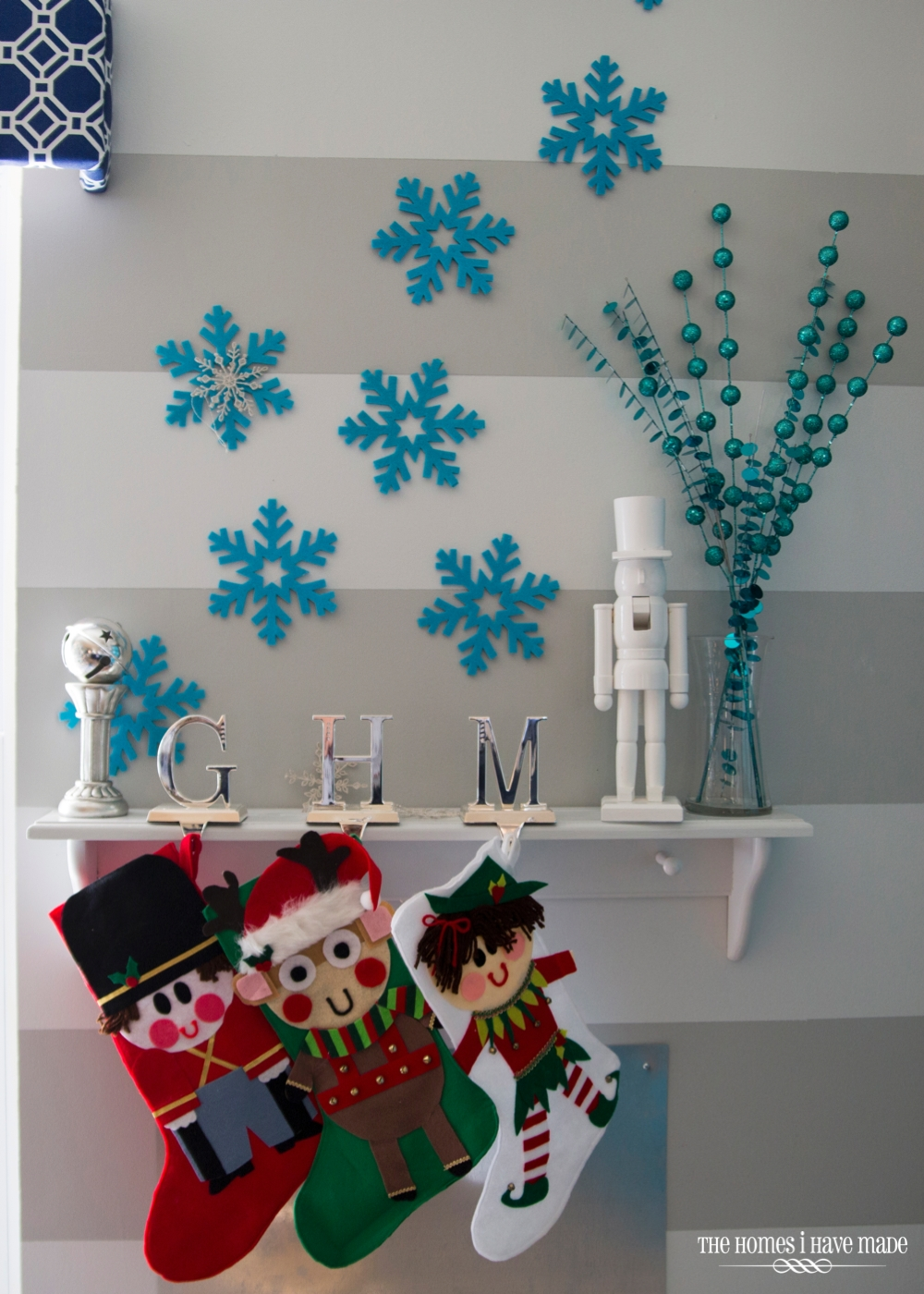 Holiday Living Room 2013-015