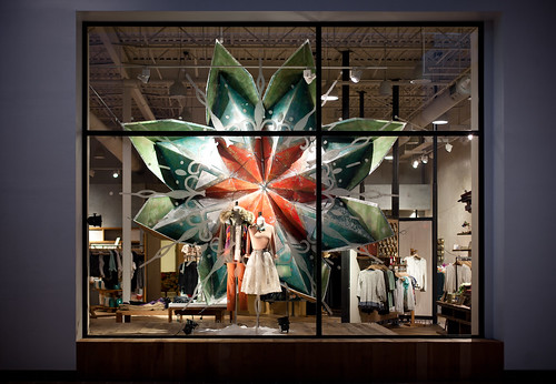 anthropologie-window-display