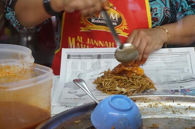 Halal breakfast in Penang Astaka Taman Tun Sardon-007