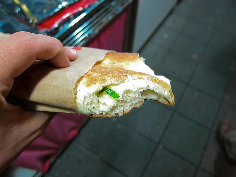 Scallion bread at Taiwan's Shilin Market