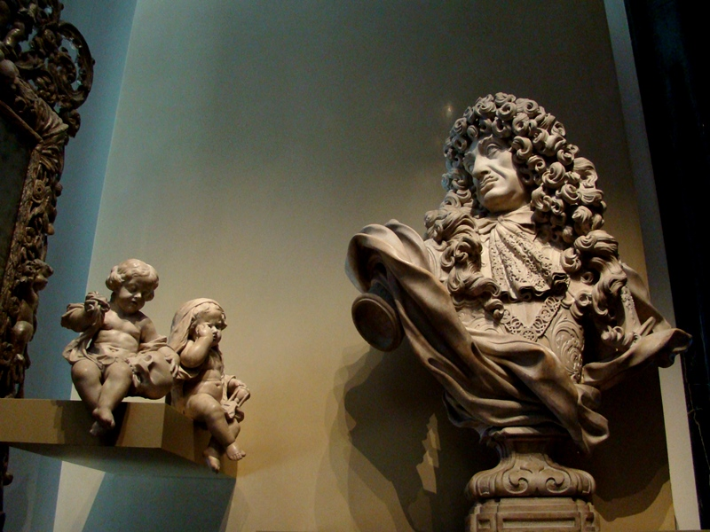 Victoria and Albert Museum sculpture