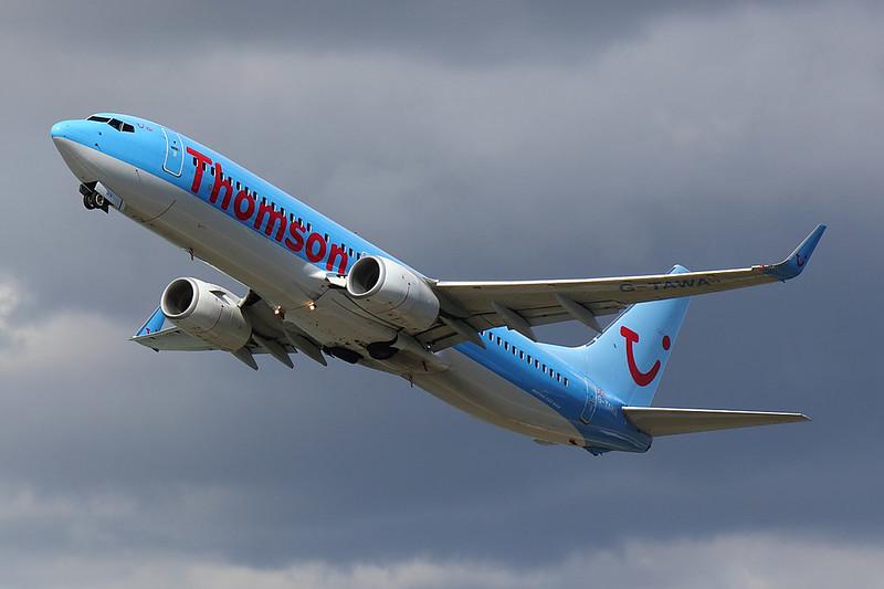 Thomson - B738 - G-TAWA (1)
