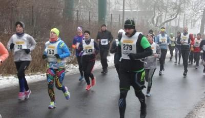 ZIMNÍ BĚH BEZRUČOVÝM ÚDOLÍM CHOMUTOV 10.1.2016 10 km