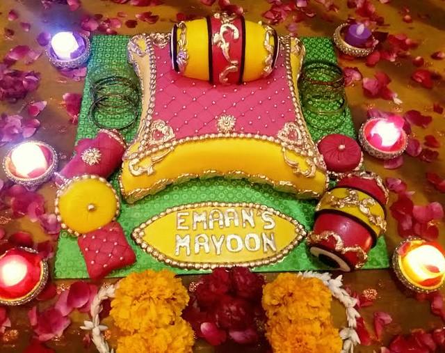 Cake by Emaan Sarwar of Emaan's Bakelicious Corner