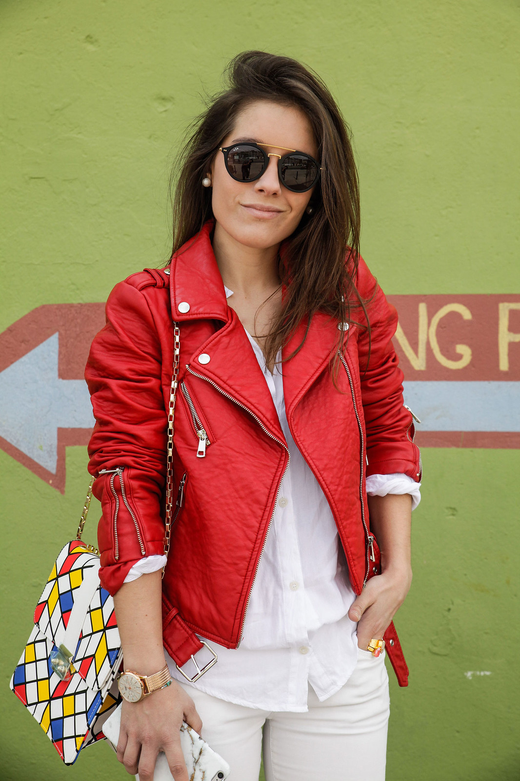 010_Red_Biker_Casual_Look_theguestgirl