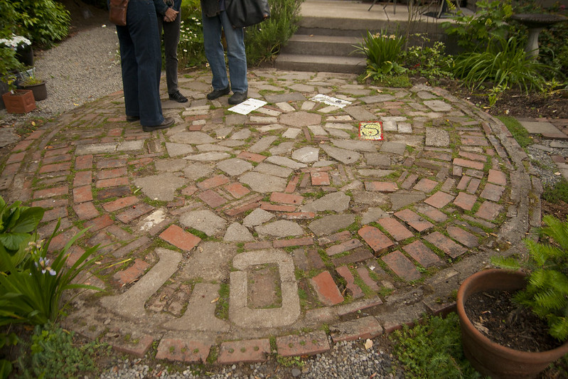 love this recycled brick and paver patio path but as clumsy as i