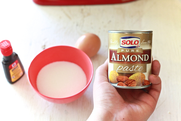 Almond Pillow Cookies 2 (1)