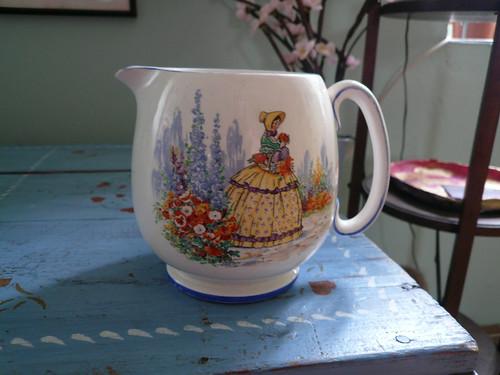 Crinoline Lady jug front