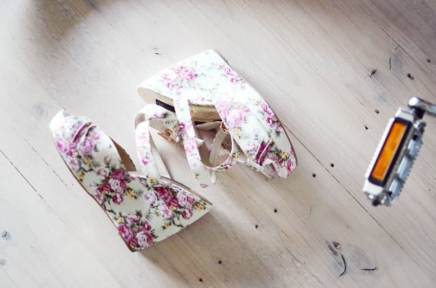 floral-wedges a