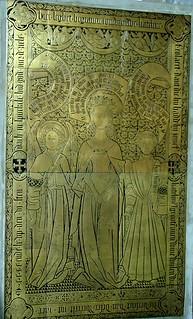 Brügge, Sint-Jakobsplein, Sint-Jakobskerk, Kupfergrabplatte der Katheline d'Ault (St. James's Church, tomb cover of Catherine d'Ault)