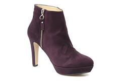 footwear, purple, violet, high-heeled footwear, maroon, boot, suede,