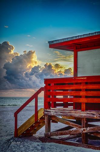 ocean sunset red beach clouds landscape sand florida dramatic lifeguard sarasota hdr importedkeywordtags northlidobeach thephotographyblog