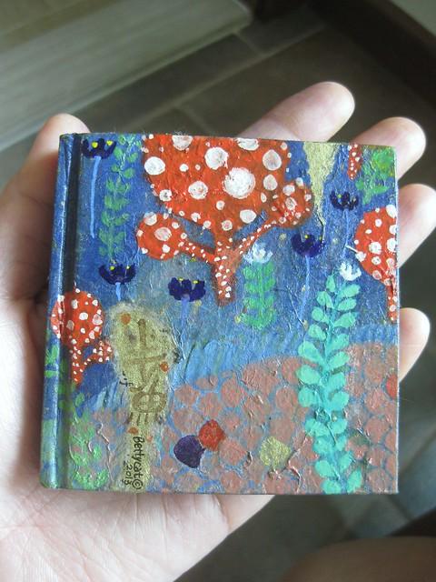 tiny book 10