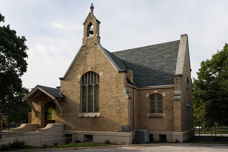 Oakwood Memorial Chapel, Fort Worth