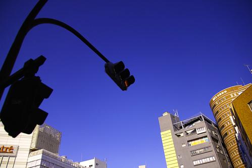 FOVEON BLUE&信号機 by leicadaisuki