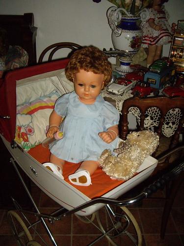 Les poupées de ma maison  11367967836_d6868eee80